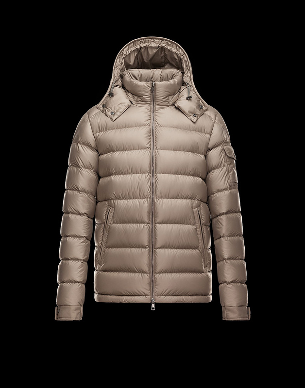 2017 Moncler Down Coats For Men mc24