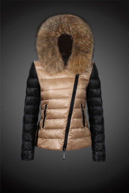 2016 Moncler Down Coats For Women With Fur Cap mc1030