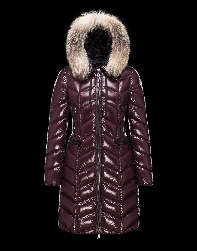 2016 Moncler Long Down Coats For Women With Fur Cap mc1020