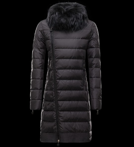 2016 Moncler Long Down Coats For Women With Fur Cap mc1071