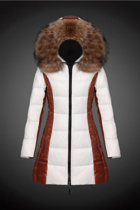 2016 Moncler Long Down Coats For Women With Fur Cap mc1082