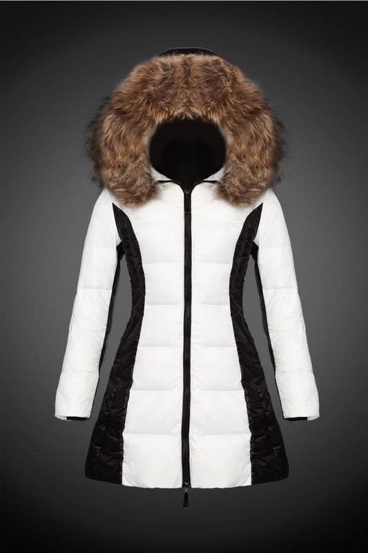 2016 Moncler Long Down Coats For Women With Fur Cap mc1083
