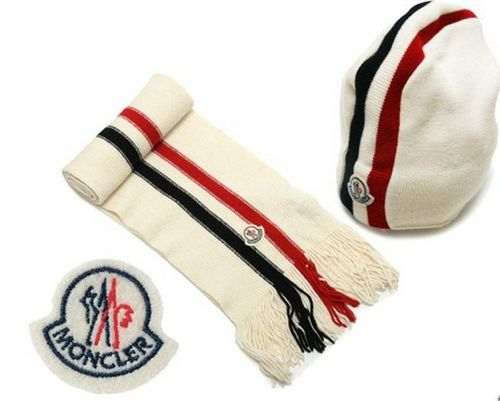 Moncler Sciarpa & Cap A For Sale