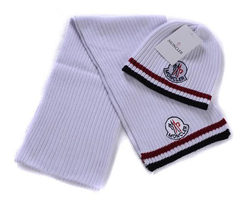 Moncler Sciarpa & Cap G For Sale
