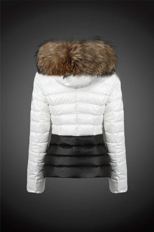 2016 Moncler Down Coats For Women With Fur Cap