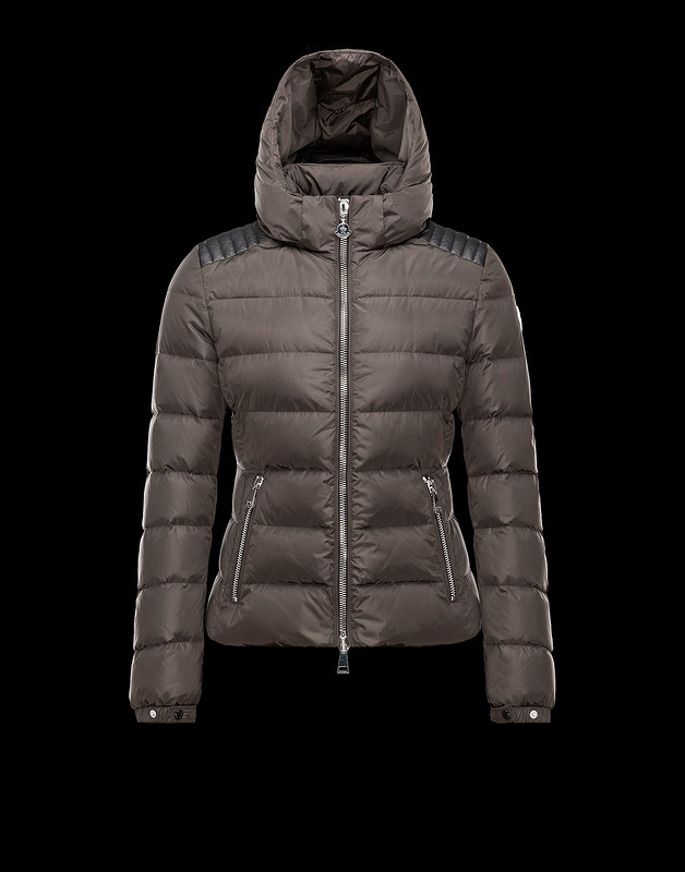 2016 Moncler Down Coats For Women mc1003