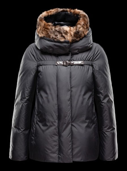 Womens Moncler Jackets Short Fur Hood Nandinie Black