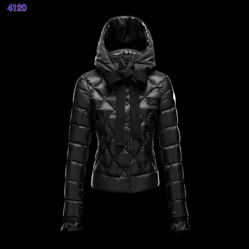 Moncler Leisure Womens Down Jackets Black