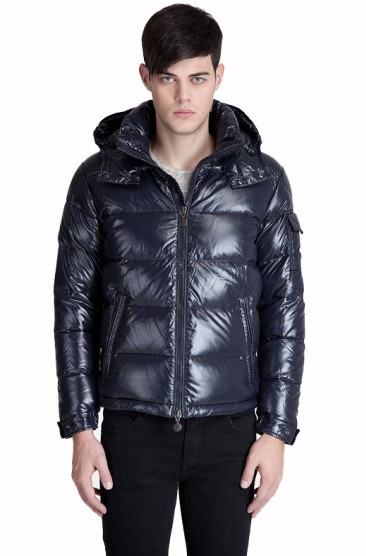 Moncler Maya Winter Down Jacket Mens Short Glossy Zip