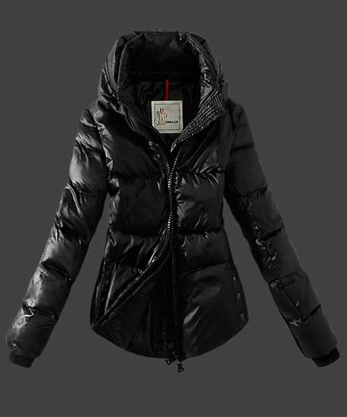 Moncler Women Down Jackets Zip Black